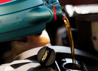 Szerszámgépek kenésére vásárolhat remek kenőanyagokat.