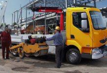 Konténeremelő gépeket építtethet ki a céggel járművekre.